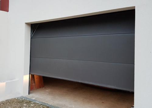 Porte de garage sectionnelle courcelles les gisors oise