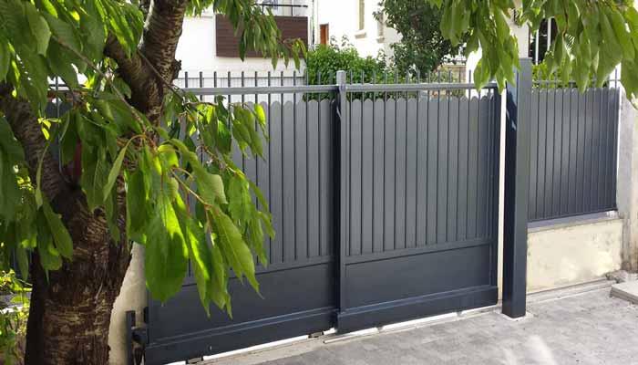 Portillon, barrière  ou clôture de style traditionnel