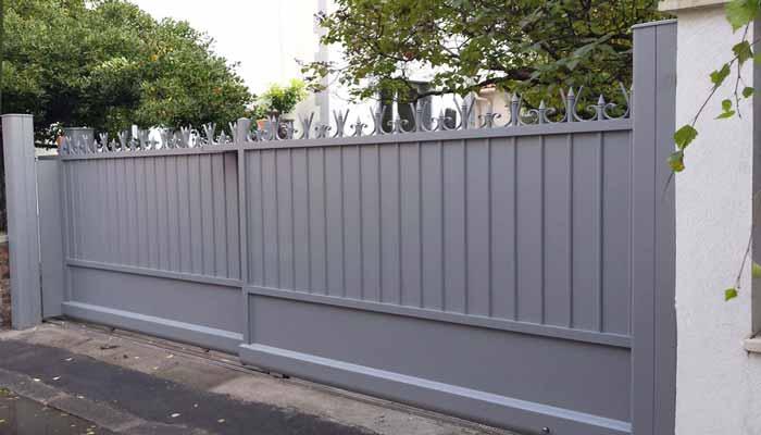Portails coulissants télescopiques en aluminium- Colombes
